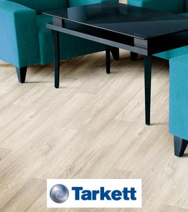 Sala com piso vinilico Tarkett