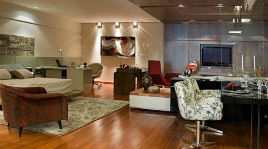 Sala com piso laminado Durafloor
